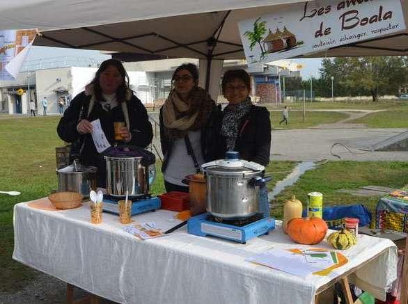 les-deux-associations-ont-lance-leur-troisieme-concours-de-soupes-solidaire-sur-le-marche-samedi-dernier - Copie